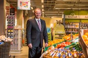 Felix Meyer, Geschäftsleiter der Genossenschaft Migros Luzern. (Bild: Dominik Wunderli, Ebikon, 21. März 2017)