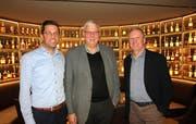 Die Referenten: René Meier, Direktor des Hotels Uzwil, Parteipräsident Bruno Lusti und Gemeinderat Ruedi Müller (von links). (Bild: Philipp Stutz)
