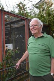 Hans Schwizer ist seit 1976 Volierenwart im Vögelipark in Flawil. (Bild: Zita Meienhofer)