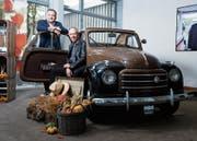 Stefan Born (hinten) und Chris Weingartner im Raiffeisen Unternehmerzentrum in Baar. (Bild: Stefan Kaiser (29. Oktober 2018))