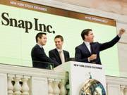 Hier war alles noch in Ordnung: Das Snap-Management feiert am 2. März 2017 den Börsengang in New York. (Bild: KEYSTONE/EPA/JUSTIN LANE)
