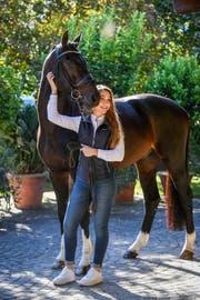 Léonie Guerra liebt alle ihre Pferde gleich. (Bild: Katja Stuppia)