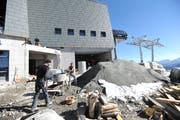 Für 2019 wird mit einer Erholung in der Urner Baubranche und einem Wertschöpfungswachstum von 2,1 Prozent gerechnet. Hier im Bild die Bauarbeiten an der Bergstation auf dem Schneehüenerstock. (Bild: Urs Hanhart, 4. Oktober 2018)