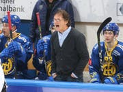 Arno Del Curto ist der dienstälteste Trainer der National League. Er steht seit 1996 beim HC Davos an der Bande (Bild: KEYSTONE/EDDY RISCH)