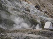 Die Phlegräischen Felder bei Neapel sind ziemlich aktiv. Einer Studie zufolge bereitet sich der Supervulkan auf einen neuen Mega-Ausbruch vor. Wann dieser eintritt, ist aber unklar. (Bild: KEYSTONE/EPA ANSA/CESARE ABBATE)