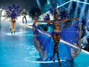 The most valuable of the most fashionable events in the world: fashion shows from Victoria's fashion secret company. (Image: KEYSTONE / EPA / JASON SCENES)