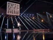 Der Schweizer Sänger Nemo bei der Verleihung der Swiss Music Awards im Februar im Zürcher Hallenstadion. (Bild: KEYSTONE/ENNIO LEANZA)