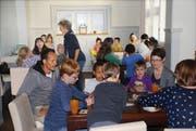Eine der Aktivitäten zur Integration ist der Spieltreff im Wiler Westquartier, an dem auch viele Eltern teilnehmen. (Bild: PD)