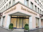 Die Bank Sarasin verzichtet auf einen Rekurs im Prozess gegen deutschen Drogerie-Unternehmer Müller. Deshalb muss sie an Müller 45 Millionen Euro zahlen. (Bild: KEYSTONE/WALTER BIERI)