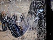 Im Kanton Aargau ist eine grossangelegte Aktion gegen Einbrecher erfolgreich gewesen: 13 Personen wurden insgesamt verhaftet. (Bild: KEYSTONE/MARTIN RUETSCHI)