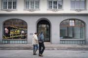 Hausbesitzer, die ihre Ladenlokale nicht vermieten können, wären durch eine Lenkungsabgabe gezwungen, den Mietzins zu senken. (Bild: Ralph Ribi)