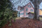 Eines der alten Häuser im Areal Zürcher- und Rechenstrasse. (Bild: Benjamin Manser - 16. Februar 2017)