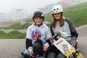 Skateboardnachwuchs aus Herisau: Felix (10) und Julia Meier (12) gehören in ihrer Alterskategorie zu den Besten. (Bild: Claudio Weder)