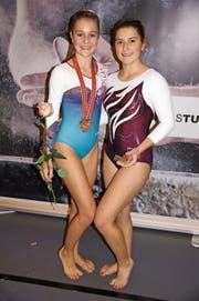Flavia Heule (l.) und Julia Gantenbein vom TV Widnau können mit ihrer Leistung zufrieden sein. (Bild: pd)