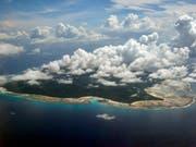 Zuflucht für eines der letzten noch untaktieren Völker: Die Insel North Sentinel der Inselgruppe der Andamanen und Nicobaren im Indischen Ozean. (Bild: KEYSTONE/AP/GAUTAM SINGH)