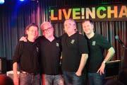 Verabschieden sich nach 14 Jahren von ihrem Publikum: Live in Cham-Macher Polo Fischer, Markus Stoller, Christoph Walker und Martin Kaufmann (von links). (Bild: Charly Keiser, 24. November 2018)