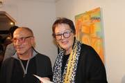 Künstler Carlo Bazzoni mit Laudatorin Monika Schuler. (Bild: Robi Kuster (Altdorf, 23. November 2018))