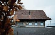 In der Studenhütte auf dem Seeplatz in Oberägeri soll im Mai ein Sommerrestaurant eröffnen. (Bild: Stefan Kaiser (26. November 2018))