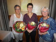 Sie wurden an der Generalversammlung geehrt: Claudia Zwyer, Priska Bucheli (neues Ehrenmitglied), Sabina Albert. (Bild: PD)
