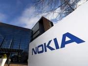 Der finnische Handybauer Nokia gewinnt in der Schweiz Marktanteile. (Bild: KEYSTONE/AP Lehtikuva/VESA MOILANEN)