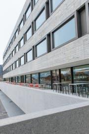 Der Neubautrakt des Spitals Wattwil wurde erst im Mai eröffnet. (Bild: PD)