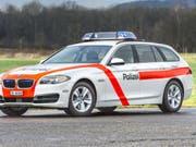 Die Thurgauer Kantonspolizei fahndete nach einem Häftling, der am Donnerstagmorgen bei einem Arztbesuch geflohen ist. Kurz nach 14 Uhr wurde er gefasst. (Bild: Keystone/DANIEL DUSCHLETTA KAPO/TG)
