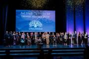 Die Gewinner der Limmex-Medaille mit anderen Gästen und den Jurymitgliedern am Mittwochabend im KKL. (Bild: PD)