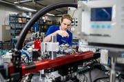 Die Wirtschaft in der Stadt Luzern - hier ein Bild aus der Produktionsstätte der Schurter AG - soll mehr Gewicht erhalten. (Bild: Philipp Schmidli, 20. März 2018)