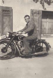 Dami-Otti auf seinem BMW «LU 1569» um 1951.