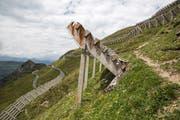 Lawinenverbauungen am Chueenihorn im bündnerischen Prättigau. (Bild: Arno Balzarini/Key)