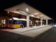 Rechtzeitig auf den Fahrplanwechsel hin konnte am Bahnhofplatz der Bushof in Betrieb genommen werden. (Bild: PD)