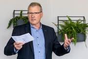 Es gebe mehr und mehr Einkommensmillionäre, die wieder nach Zug kommen würden, begründete Finanzdirektor Heinz Tännler (SVP) den Verzicht auf die Steuererhöhung. (Bild: Alexandra Wey / Keystone (Zug, 20. September 2018))