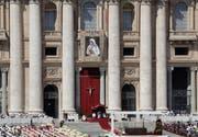 Der Petersdom im Vatikan. (KEYSTONE/AP Photo/Alessandra Tarantino)