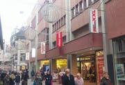 An dieser Fassade an der Hertensteinstrasse 50 soll dereinst ein Aldi-Signet prangen. (Bild: Stefan Dähler (Luzern, 23. November 2018))