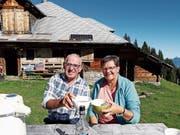 Max und Agnes Bissig auf der Nünalp. (Bild: PD)