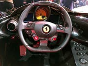 Ausgebremst: Ferrari verkaufte zwar im dritten Quartal mehr Autos, setzte damit aber kaum mehr um als im Vorjahresquartal. (Bild: KEYSTONE/AP/COLLEEN BARRY)