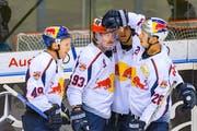 Spieler von Red Bull München jubeln beim 4:0-Sieg gegen Ingolstadt am letzten Sonntag. (Bild: Oliver Strisch/Imago (Ingolstadt, 4. November 2018))