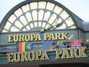 Der Europa-Park plant eine Seilbahn über den Rhein nach Frankreich. (Bild: Keystone/dpa/PATRICK SEEGER)