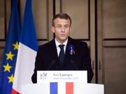 Sechs Verdächtige aus dem rechten Milieu sollen einen Anschlag auf Frankreichs Präsident Emmanuel Macron geplant haben. (Bild: KEYSTONE/EPA/ETIENNE LAURENT)