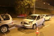 Die Unfallstelle vom Montagabend auf der Zürcher Strasse bei Winkeln. (Bilder: Stadtpolizei St.Gallen - 5. November 2018)
