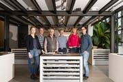 Das Team Verkauf Innenausbau der Erich Keller AG: Karin Bruni, Janus Tomaselli, Bernhard Nietlispach, Felix Sutter, Simone Wagner und Adrian Stacher (von links nach rechts). (Bild: PD)
