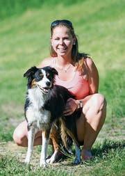 Der grösste Erfolg in ihrer Agility-Laufbahn erreicht: Sandra Loosli und Lane von der Hundeschule Team Training Sennwald. (Bild: PD)
