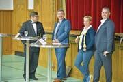 Moderator Manuel Nagel und die drei Kandidierenden Kilian Germann, Jasmine Schönholzer und Patrick Sempach. (Bild: Mario Testa)