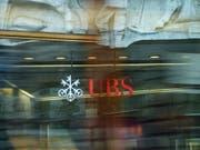 Im Steuerhinterziehungsprozess gegen die UBS fordert der französische Staat 1,6 Milliarden Euro Entschädigung von der Grossbank. (Bild: KEYSTONE/MELANIE DUCHENE)