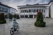 Finanziell steht Meggen – hier im Bild das Gemeindehaus – trotz Defizit gut da. (Bild: Boris Bürgisser, 7. November 2018)
