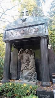 Das Grab der Familie Over auf dem Melaten Friedhof in Köln. (Bild: Yvonne Imbach)
