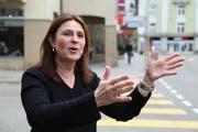 Debora Angehrn vom Rorschacher Gewerbeverein freut sich, dass für den Bummelsonntag am 2. Dezember die Hauptstrasse gesperrt wird. (Bild: Sandro Büchler)