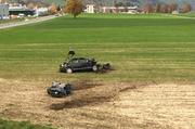 Das Unfallauto in Alpnach. (Bild: Giulia Jung/ Radio Pilatus)