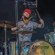 Der Nidwaldner Roli Würsch (37) wohnhaft in Altdorf spielt in verschiedenen Bands Schlagzeug. Hier mit The Hydden