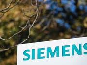 Höhere Umsatz aber stagnierender Bestellungseingang: Siemens Schweiz konnte die Verkäufe im abgelaufenen Geschäftsjahr 2018/19 um 13 Prozent steigern. (Bild: KEYSTONE/EPA/KAMIL ZIHNIOGLU)